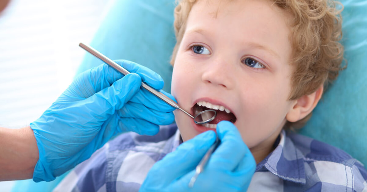 Looking for a dentist for your kids dental health? Dentistry for kids is making three BIG mistakes on your kids health.