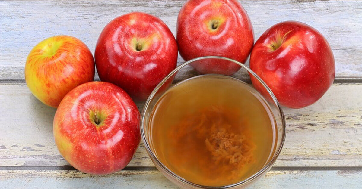 Apple cider vinegar contains probiotic properties that have a protective role in the mouth.