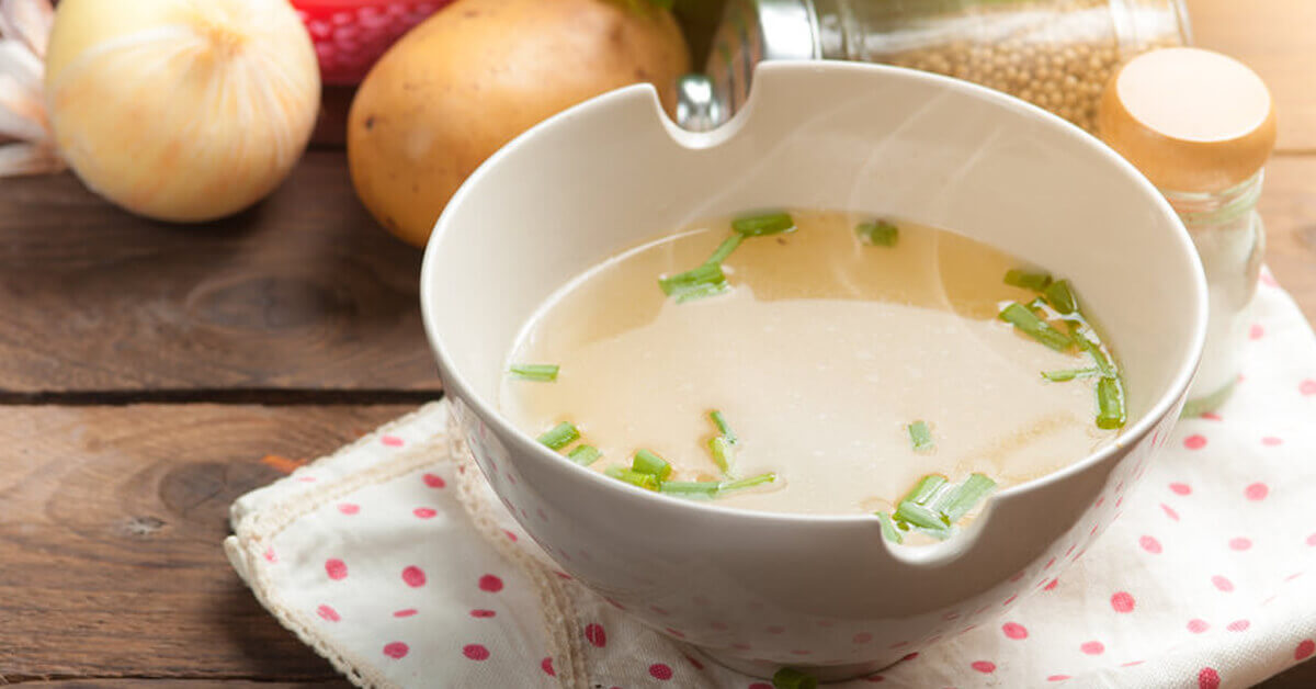 Bone broth contains collagen building amino acids that support healthy teeth and gums